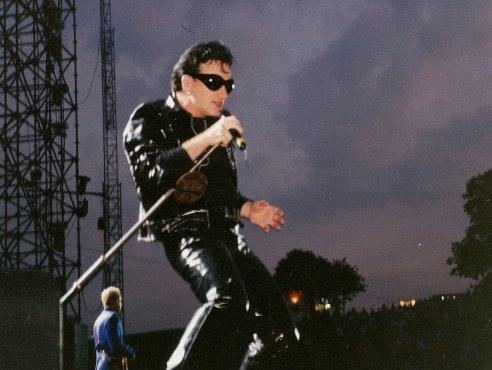Bono Zooropa Leeds 14 August 1993_0004